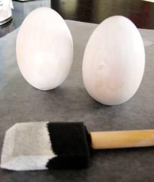 chalkboard-painted-egg-2.jpg