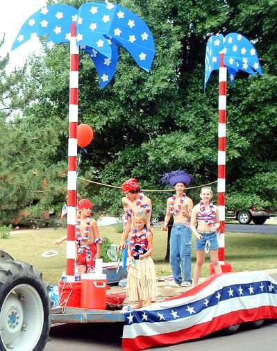 Church Parade Float Ideas http://www.skiptomylou.org/2012/07/03/fourth-of-july-parade-floats/