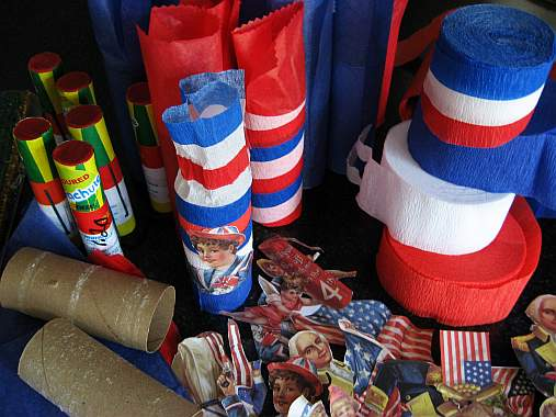 fourth-of-july-2007-making-party-favors.jpg