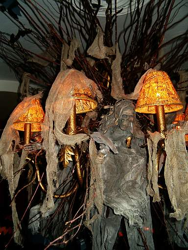 halloween-decorations.jpg