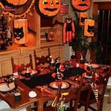 halloween-kids-party-table-2.jpg
