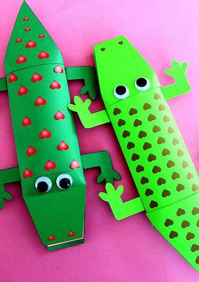 pillow-box-alligator-009-1.jpg
