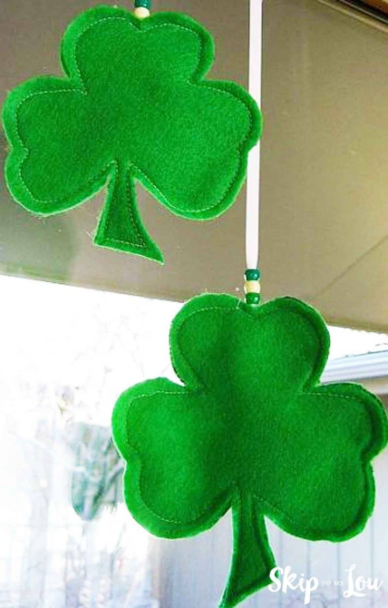 Shamrock Template for Lucky Shamrocks | Skip To My Lou