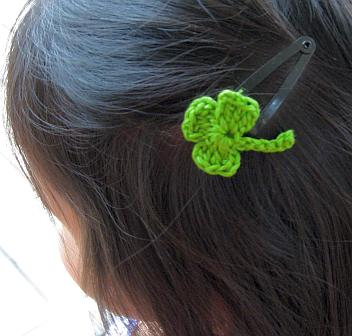 lucky-shamrock-crochet-hairclip-1.jpg