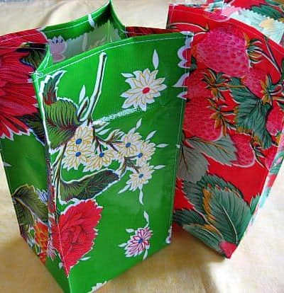 oil-cloth-lunch-sacks-10.jpg
