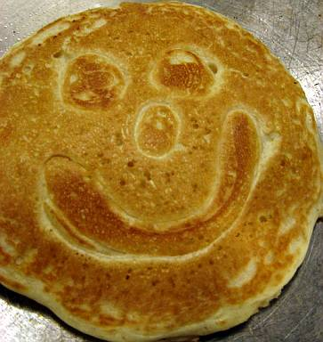 smile-pancake-4.jpg
