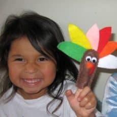 turkey-finger-puppets-bella.jpg