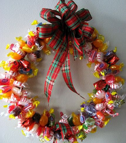 Christmas Candy Wreaths to Make