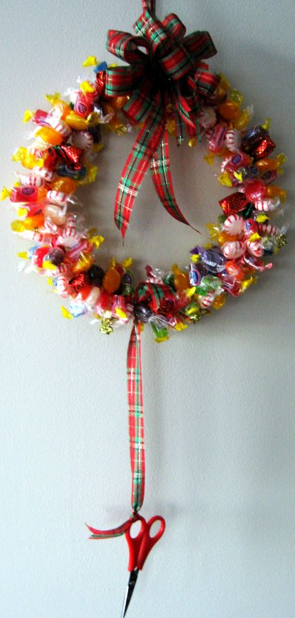How to make a candy wreath skip to my lou Making wreaths