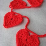 crochet-heart-garland-2