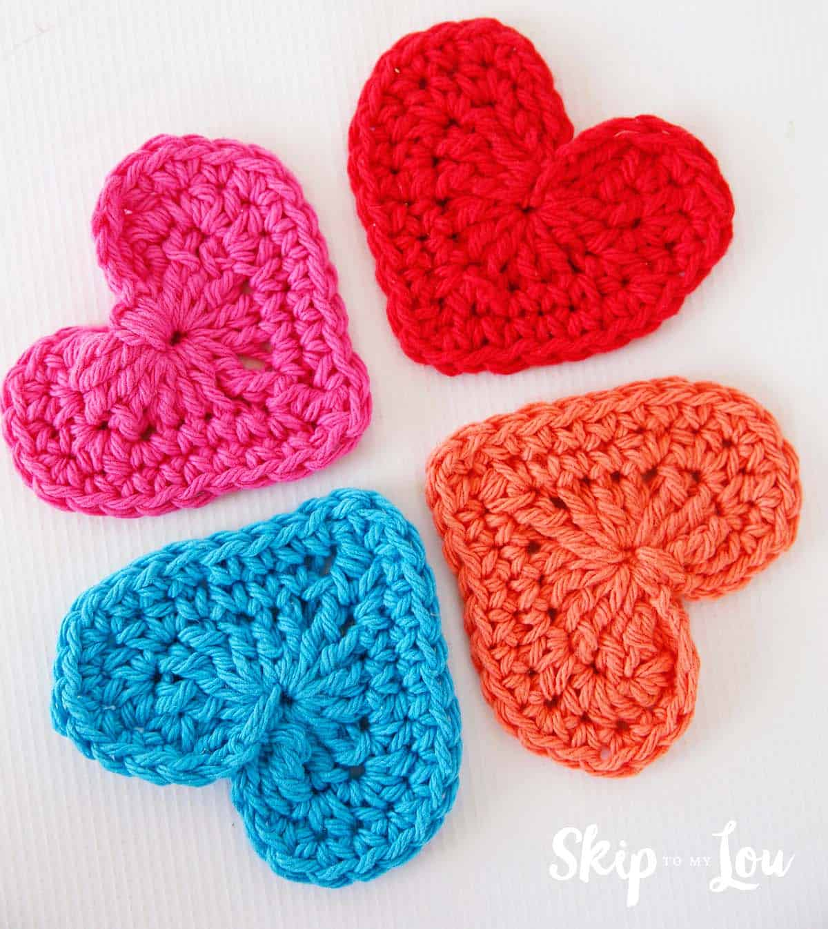 Easy Crochet Heart Garland Pattern | Skip To My Lou