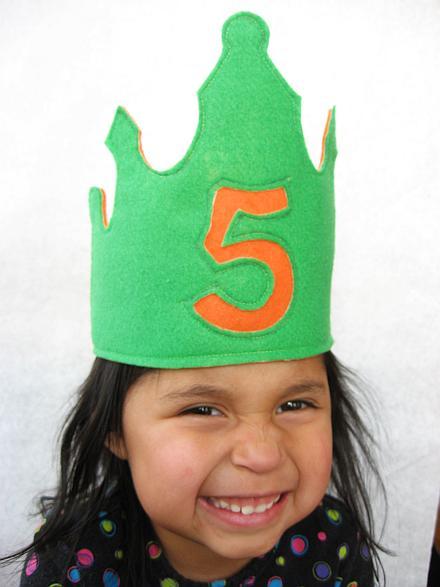 felt-birthday-crown-81