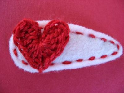 crochet-heart hair-clip.jpg