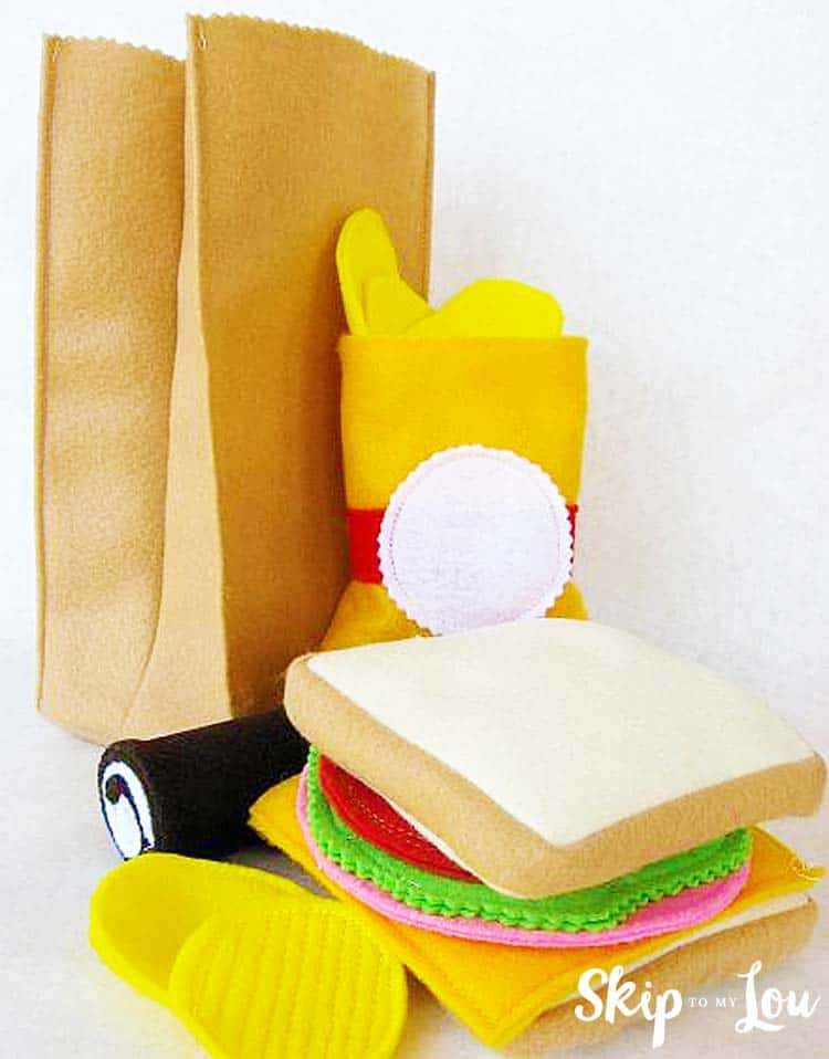 DIY felt brown bag lunch