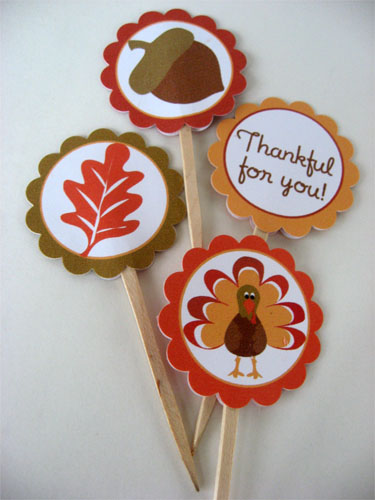 thanksgiving food and cupcake toppers