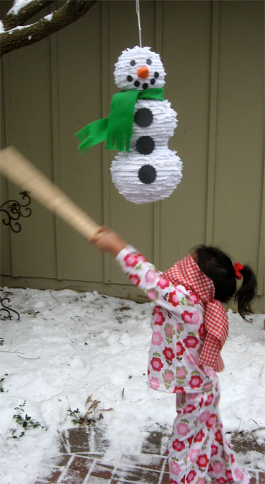 Breakfast with Santa 2009 Snowman Pinata 2