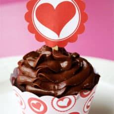Valentinecupcaketopper1.jpg
