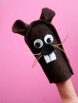 Ground-Hog-Finger-Puppet.jpg