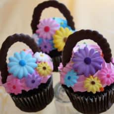 Easter-Basket-Cupcakes.jpg