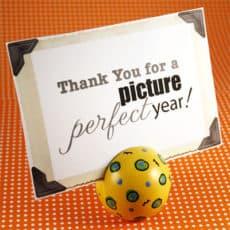 Wooden-Ball-Picture-Holder.jpg