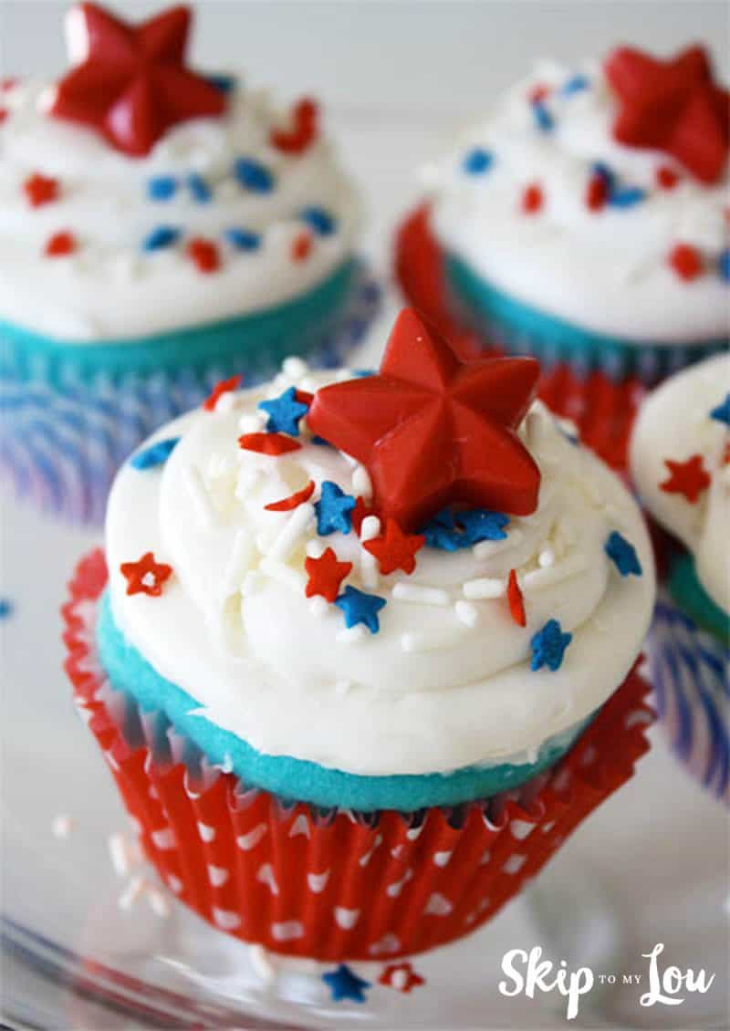 red white blue cupcakes Fourth of July