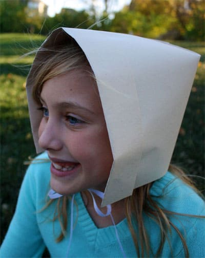 How to make a Pilgrim Bonnet out of paper  28290b5abe8