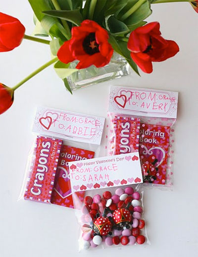 treat bag toppers - Valentine Treat Bag Ideas