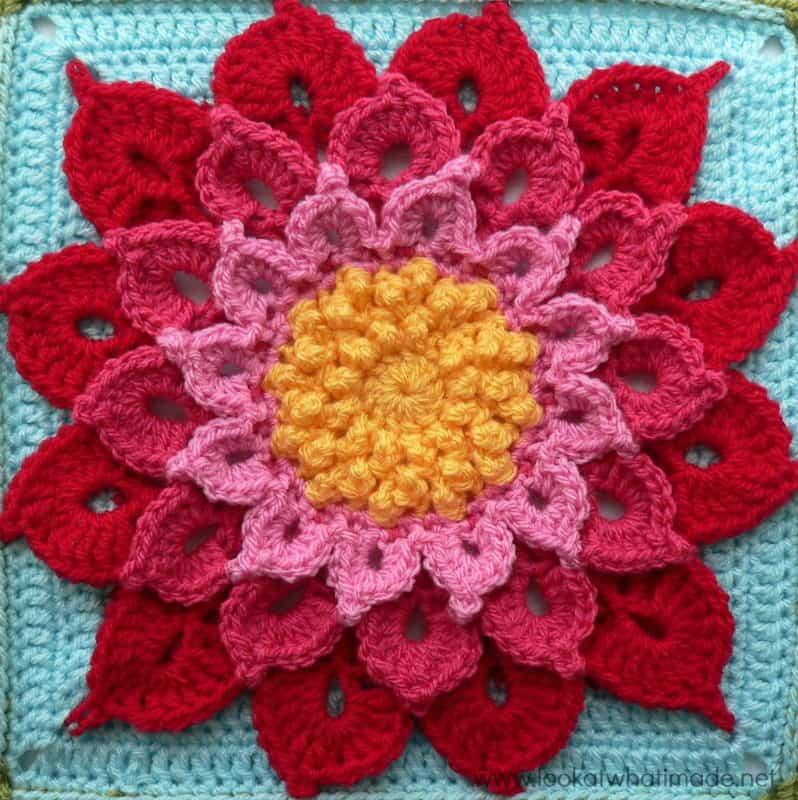 Crocodile-crochet-Flower
