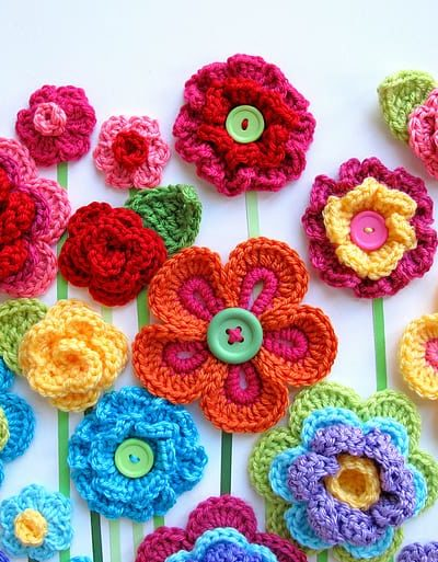 beautiful crochet flowers