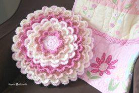 10 Beautiful Ways To Crochet A Flower Skip To My Lou