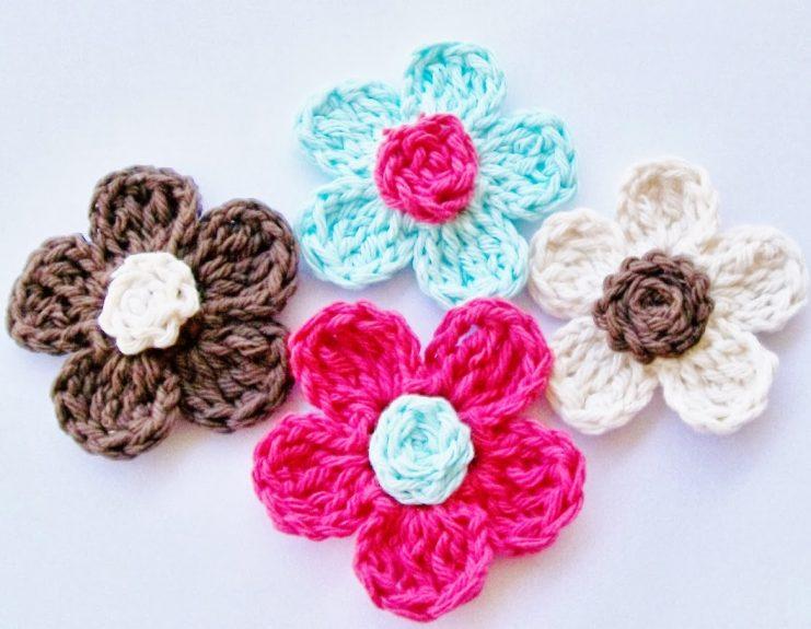 Easy Cute Crochet Flower Pattern : 10 Beautiful Ways to Crochet a Flower - Skip To My Lou