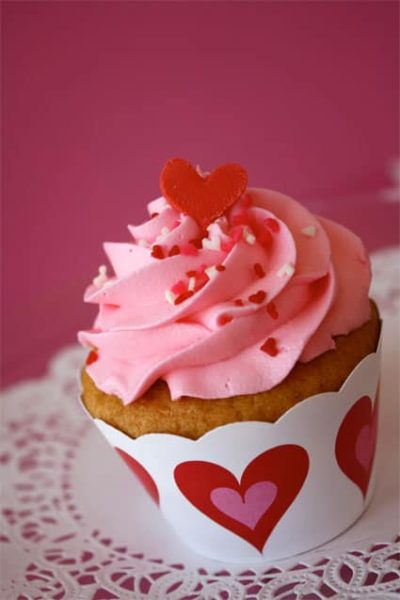heart-cupcake-wrappers.jpg