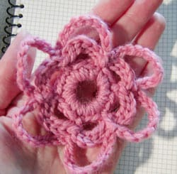 http://www.moonarts.com/blog/free_patterns/pages/crochet-flower-print.htm