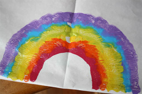 child's craft rainbow painting