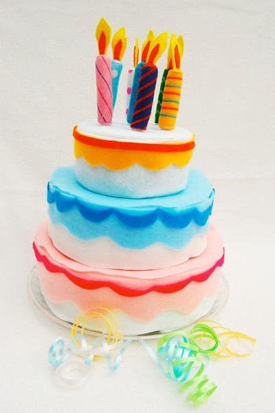 Felt-Birthday-Cake.jpg