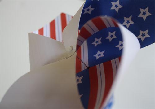 tutorial for making paper pinwheel