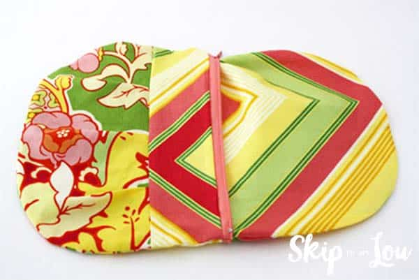 zippered-pouch-tutorial-step-10
