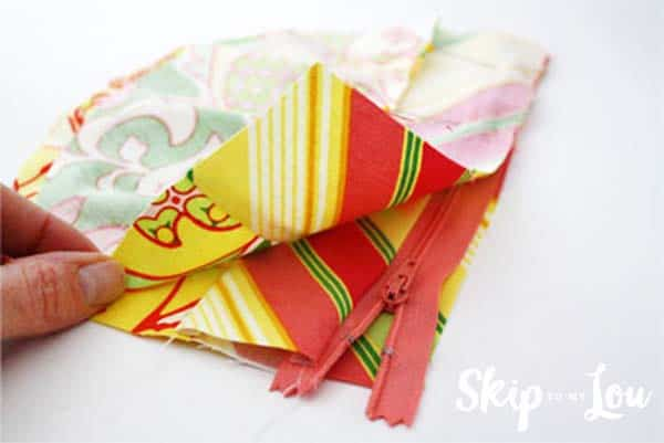 zippered-pouch-tutorial-step-7