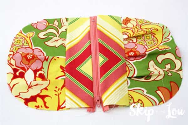 zippered-pouch-tutorial-step-8
