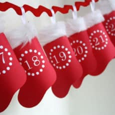 Hanging-Paper-Advent-Stocking-Calendar.jpg