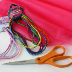 no-sew-tutu-tutorial-supplies.jpg
