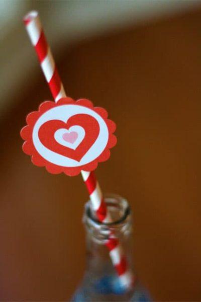 Valentine-straws.jpg