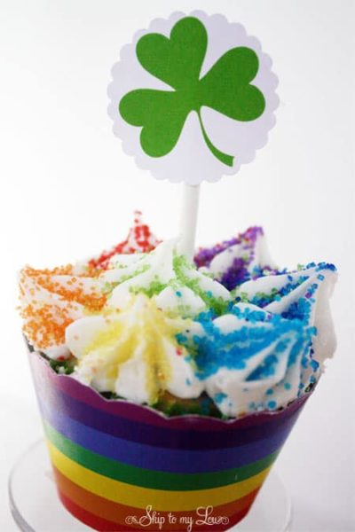 St-Patricks-Printable-Cupcake-Toppers-and-Wrappers.jpg