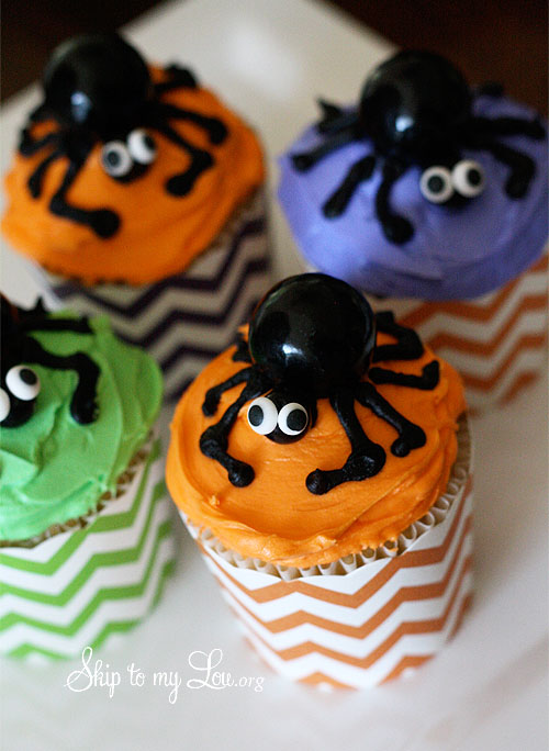 Spider Halloween cupcakes final