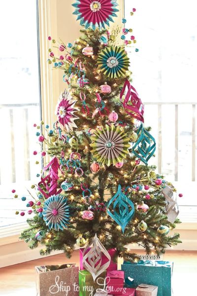 decorated-Christmas-Tree-photo.jpg