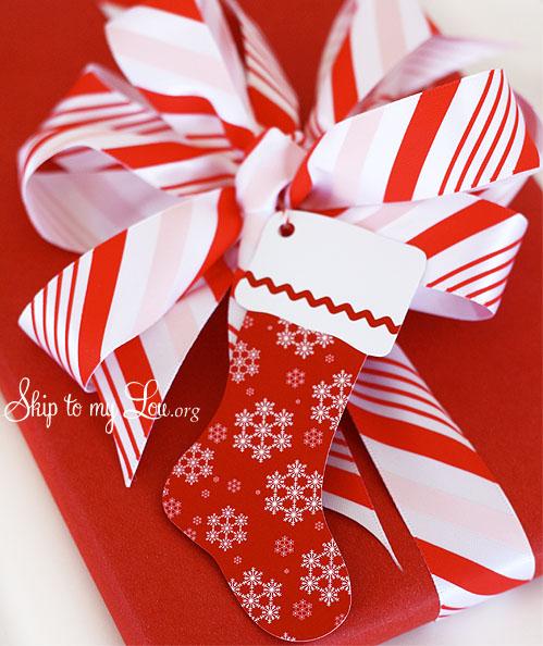 Make a bow {Martha Stewart Avery Coupon} | Skip To My Lou