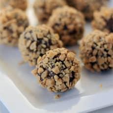 Chocolate-Toffee-Truffles.jpg
