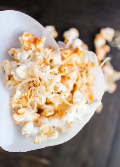 sriracha cheddar popcorn