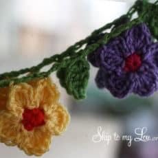 hanging-crochet-garland1