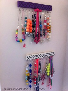 Sumo's Sweet Stuff - Wooden Necklace Display